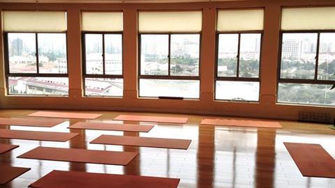 rsz_orange_room_interior_2