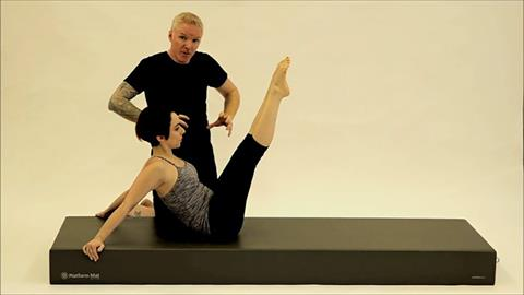 STOTT PILATES® for Triathletes: Run Training: Hip Twist