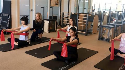 STOTT PILATES® Matwork: Creating Flow in Group Classes