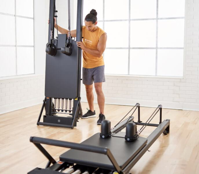 STOTT PILATES Professional Reformer Storage options